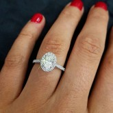oval Cut Diamond Engagement Ring platinum