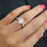 oval Cut Diamond Engagement Ring 18K white gold